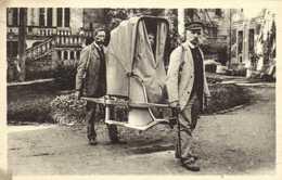 BOURBON L'ARCHAMBAULT  L'Etablissement Thermal Chaise à Porteurs RV - Bourbon L'Archambault