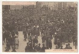 44 - NANTES - Les Inventaires - Journée Du 22 Février - Devant La Cathédrale, Monseigneur Rouard Bénit La Foule - Nantes