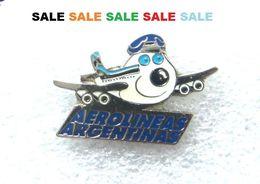 Pin / Pins - AEROLINEAS  ARGENTINAS  - Airline - AVION - Airlines - Flugzeug - Luftfahrt