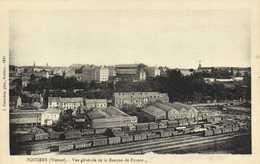POITIERS (Vienne) Vue Generale De La Banque De France 1er Plan La Gare   RV - Poitiers