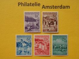 Netherlands Antilles 1951, VOOR HET KIND / CHILDREN'S GAMES: Mi 29-33, NVPH 234-38, ** - Curaçao, Nederlandse Antillen, Aruba