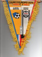 Fanion Du Match Coupe UEFA FC SOCHAUX / EINTRACHT FRANCFORT - Habillement, Souvenirs & Autres