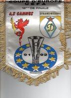 Fanion Du Match De Coupe UEFA  AS CANNES / DYNAMO MOSCOU - Habillement, Souvenirs & Autres