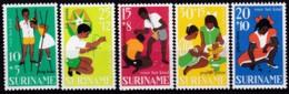 Surinam, 1967, 528/32, Kinderhilfe, MNH ** - Suriname