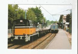 LOUVECIENNES (78) 173CROISEMENT D'1 TRAIN DE VOYAGEURS AVEC RAME Z 6468 ET D'1 TRAIN DE TRAVAUX AVEC LOCOTRACTEUR 7595 - Louveciennes