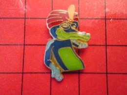 1318c Pins Pin's / Rare & De Belle Qualité  THEME : ANIMAUX / CROCODILE AVEC UN TURBAN DE FAKIR  COMPAQ ? - Animaux