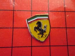 1318c Pins Pin's / Rare & De Belle Qualité  THEME : AUTOMOBILE / LOGO DE LA MARQUE FERRARI CHEVAL CABRE - Ferrari