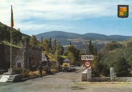 Valls D Andorra Apres Saint Julia De Loria A La Limite De La Principauté   (LOT AE22) - Andorre
