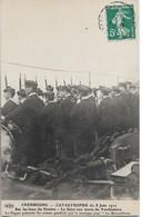 CPA. CHERBOURG.CATASTROPHE DU 8/06/1912.SUR LES LIEUX DU SINISTRE. SALUT AUX MORTS DU VENDEMIAIRE. PIQUET D'ARMES. - Cherbourg