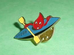 Pin's Sports :  FFDSB , Canoë   TB1HH - Canoeing, Kayak