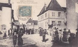 SEMUR En BRIONNAIS  Sortie De Messe Devant Le Séminaire  ( Plan Animé ) Carte Dédoublée ) - Otros Municipios