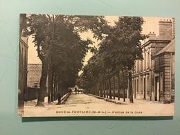 DOUÉ-La-FONTAINE — Avenue De La Gare - Doue La Fontaine