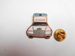 Beau Pin's , Médical , Ambulances Adam , Auto Mercédés - Medical