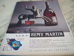ANCIENNE PUBLICITE COGNAC REMY MARTIN 1960 - Alcools
