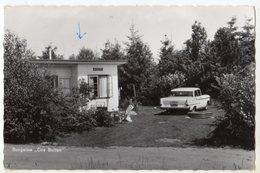 < Automobile Auto Voiture Car >> Opel Kapitan, Bungalow Ons Buiten Lage Mierde Hollande - Toerisme