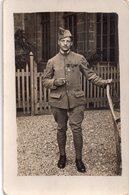 CPA, Photo Carte Militaire Avec Ses Médailles; Henri Guinard 1918, à Mon Inséparable Camarade Vintzel, Ami De Souffrance - Personajes