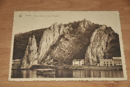 7857-   DINANT, ROCHE A BAYARD ET BATEAU MOUETTES - 1933 - Dinant