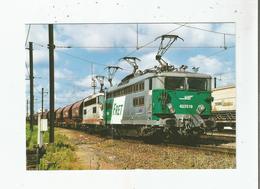 AU CENTRE DE TRIAGE DE TRAPPES (78) LE 31 /05/2001 (532) TRAIN DE MARCHANDISES REMORQUE PAR 2 BB 25500 - Trappes