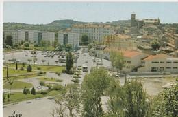 ISTRES (13). Vue Générale. Grande Place. Eglise Au Fond - Istres