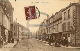 /!\ 9455 - CPA/CPSM - 51 - Reims : Rue Gambetta - Reims