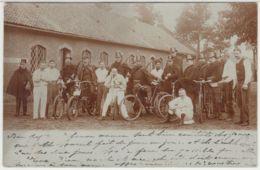 28350g GENDARMES - UNIFORME - VELO - 1907 - Carte Photo - Laeken