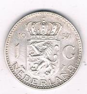 1 GULDEN  1957 NEDERLAND /1316/ - [ 3] 1815-… : Kingdom Of The Netherlands