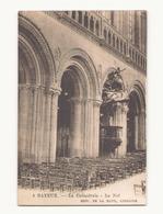 BAYEUX LA CATHEDRALE LA NEF - Eglises Et Cathédrales