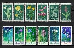 DDR 1969 + 1970, Geschützte Pflanzen Plant Flowers Blumen Bloemen Fleurs Flores **, MNH - Heilpflanzen