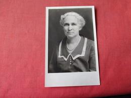 Female Ida Reynolds     RPPC     Ref 3162 - Fashion
