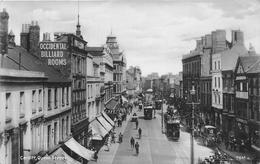¤¤  -  ROYAUME-UNIS   -  PAYS-de-GALLES   -  CARDIFF   -  Carte-Photo  -  Queen Street     -  ¤¤ - Pays De Galles