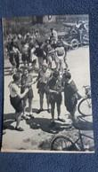 PHOTO CYCLISME VELO ARRIVEE TOUR DE FRANCE ? BELLE ANIMATION  NON LOCALISEE - Cyclisme