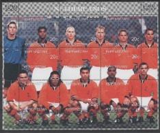 KIRGHIZSTAN  Feuillet  ( Pays Bas )   * *   Euro 2000 Football Soccer Fussball - Championnat D'Europe (UEFA)