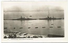 W1146 Gibraltar - War Ships In The Harbour - Navi Bateaux / Non Viaggiata - Gibilterra