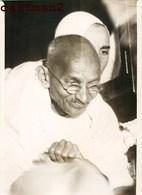 OLD PHOTO : Mohandas Karamchand Gandhi A PARIS INDE INDIA POLITIQUE  Gandhiji  Bapu Mahatma Satyagraha - Ethniques, Cultures
