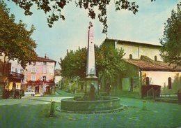 AUPS (Var) Place De L'église - Aups