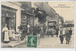 41 EPUISAY . Route De Mondoubleau Animée , édit : Briant Savigny/sur/Braye , écrite En 1910 , état Extra - Francia
