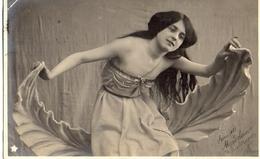 Femme Photo - 709 Cheveux Longs - Femmes