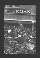 HUMOUR - INSOLITE - GÉANT ROBERT WADLOW  SUR LA MAIN STREET À CAMPBELLSVILLE KY EN 1940 - Humour
