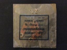 """MECCANO 4 Fusibles De Rechange Pour TRANSFORMATEUR HORNBY """"OT"""" - Alimentation & Accessoires électriques"""