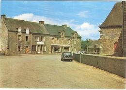 CP Caro Centre Du Bourg  Vieille Voiture 56 Morbihan - France