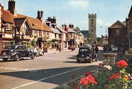 Isle Of Wight. Yarmouth. The Square.Automobiles Anciennes. Oldtimers. - Angleterre