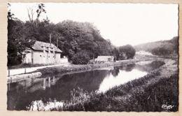 X52010 EURVILLE (52) Haute Marne Le Canal Chemin Halage Maison Serre 1950s Photo COMBIER - France