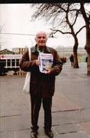 LOT053......20 CPSM VENDEURS Sur Les MARCHES ...PHOTOS P TOUCHARD - Cartes Postales