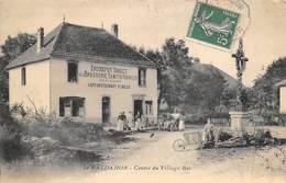 Le Valadhon        25       Centre Du Village . Brasserie Damitio. Café Restaurant Caillé           (Voir Scan) - France