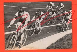 Ciclismo 1936 Cyclisme Cycling Ciclisti Bikers Vélo Bicycles Velodromo Foto Con Dedica - Ciclismo