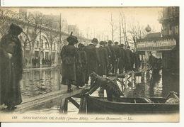 75 - PARIS - INONDATIONS JANVIER 1910 / AVENUE DAUMESNIL - Inondations De 1910