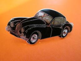 Pin's  JAGUAR  XK 120  Email Grand Feu  Demons Et Merveilles - Jaguar