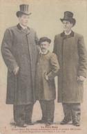 Santé - Médecine - Gigantisme - Père Hugo Et Ses Deux Fils - Health