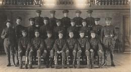 """Petit Groupe D'officiers Quebec Small Group Of Officers La Carte Sont Coupe 5.2"""" X 3""""  13.2 Cm X 7.5 Cm - Regiments"""