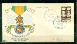 """FDC """"Edition PAC """" FRANCE-1952 # Centenaire De La Médaille Militaire   (N°Yvert 927)  - Cote 25,,00 Euros - FDC"""
